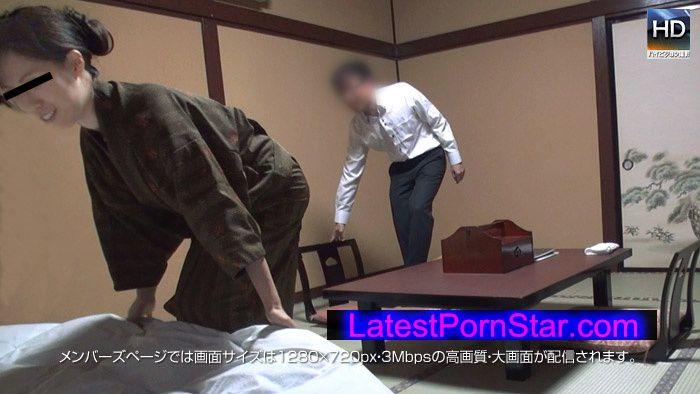メス豚 Mesubuta 140507_794_01 旅館の仲居さんに難癖つけて黙らせハメまくり中出し!!