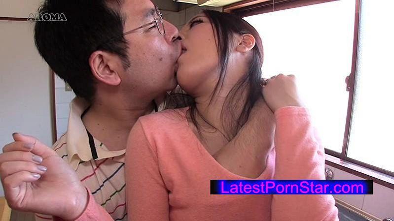 [ARMM-046] うちのカミさん、体が敏感すぎて 乳首だけでイってしまう 楠美椿