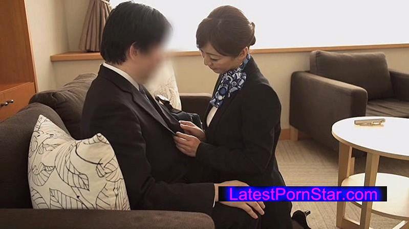 [SDDE-397] 「制服・下着・全裸」でおもてなし またがりオマ○コホテル 瞳リョウ