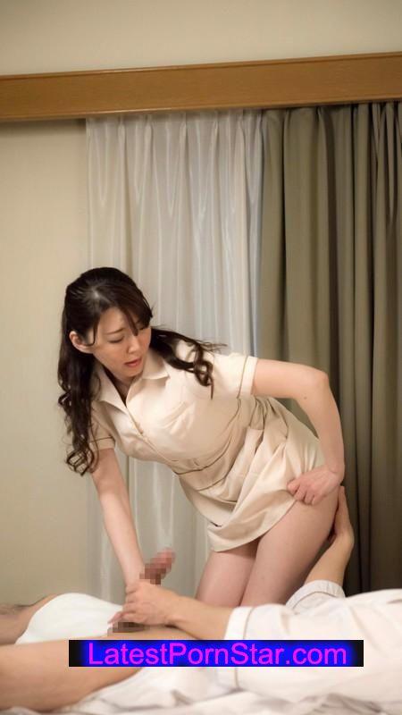 [SHE-166] 出張マッサージの美熟女にセンズリ見せつけ猥褻 16