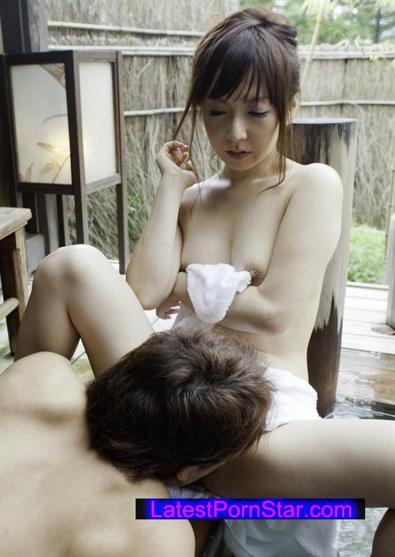 [SHE-181] 温泉ナンパ 人妻と熟女17人4時間