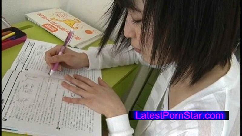 [ACY-009] つるぺたパイパン娘は家庭教師を誘惑する 秋山彩