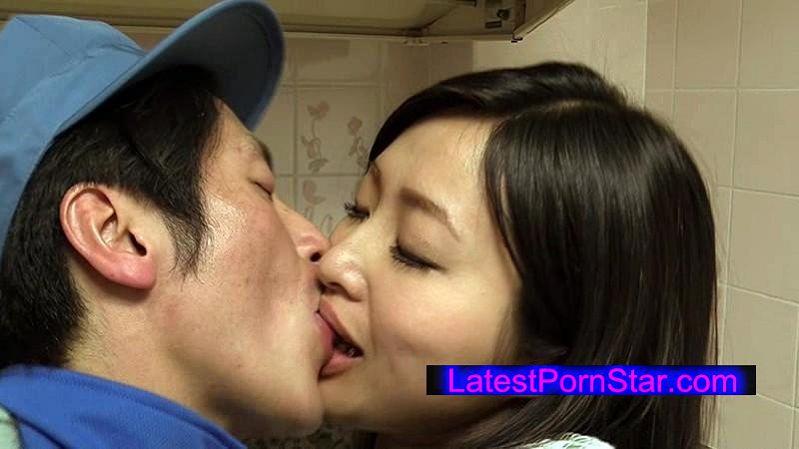 [HAVD-904] 夫とするより気持ちいい…不倫と接吻と他人のサオ 赤裸々な人妻の下半身事情3本立て