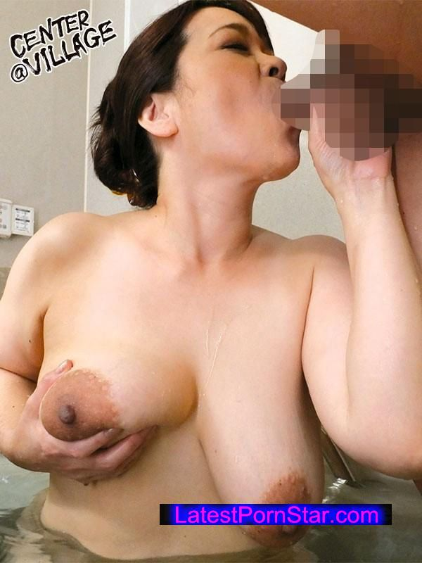 [UAAU-31] グラマーでエロい幼なじみの母 山田冨美