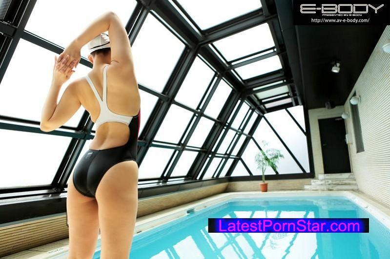 [EBOD-455] 水泳競技歴18年 国●体育大会出場!98cmの巨尻が生み出すドルフィンキック! 本物女子大生アスリートAVデビュー 寺山綾子21歳