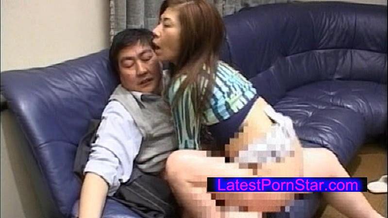 [NASS-274] 夫以外の男に抱かれ背徳の情愛に溺れる女たち 4時間