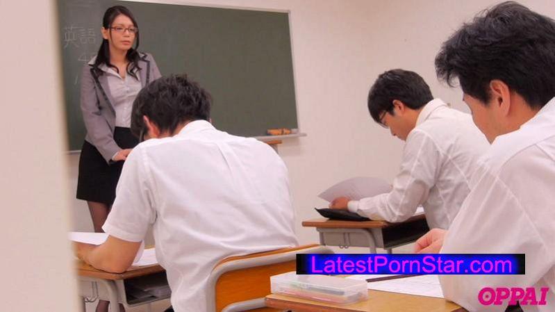 [PPPD-390] 現役巨乳女教師の危険日中出しオフ会 穂高ゆうき