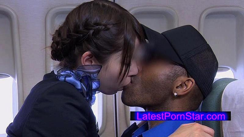 [SDDE-409] 「制服・下着・全裸」でおもてなし またがりオマ○コ航空 5 メガち○ぽ黒人編