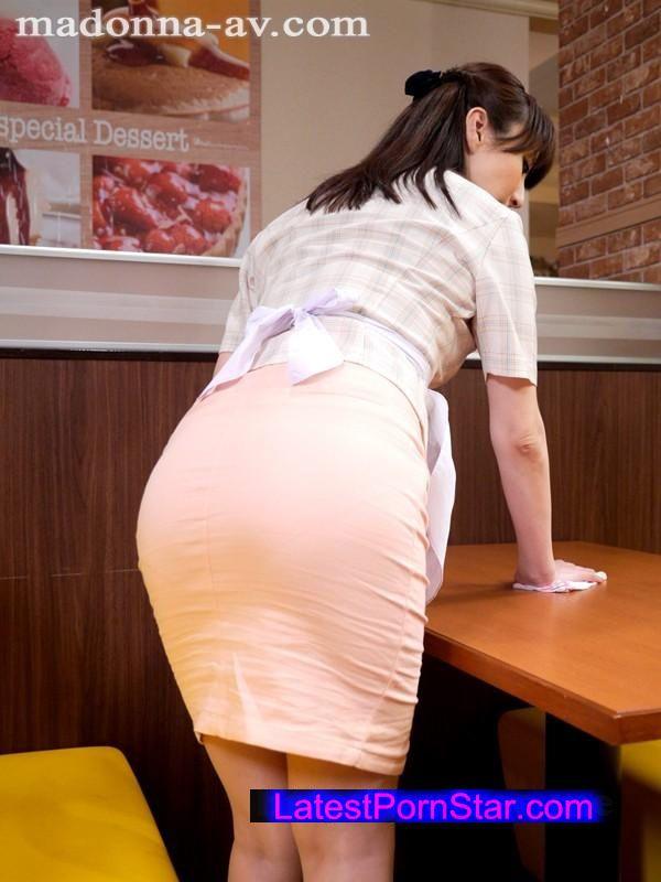 [JUX-674] バイト先で知り合った素敵な奥さん 澤村レイコ