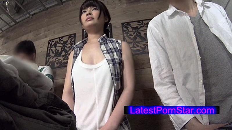 [FSET-575] 服屋の店員の胸チラに発情しちゃった俺