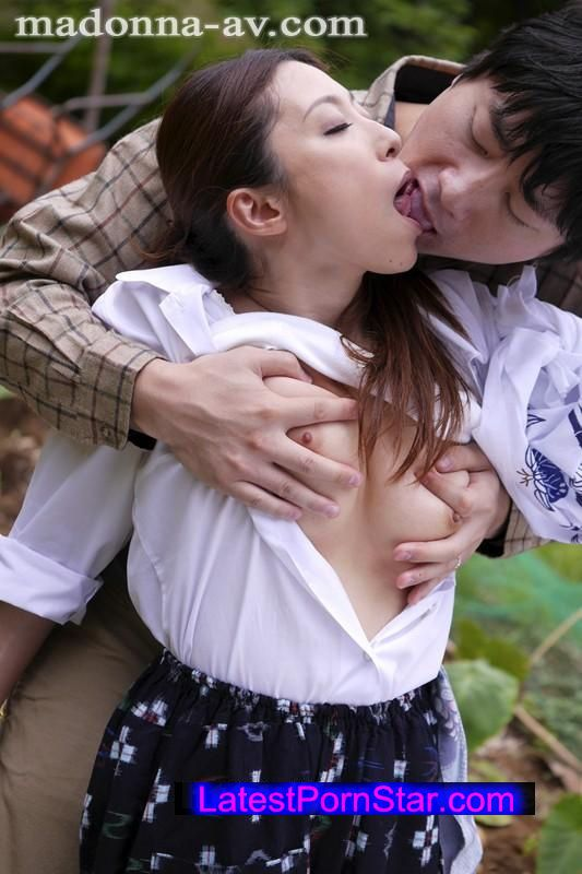 [JUX-690] オルガ×マドンナ 初コラボ! 人妻逢瀬〜愛欲に飢えた妖艶なる肉体〜 白木優子