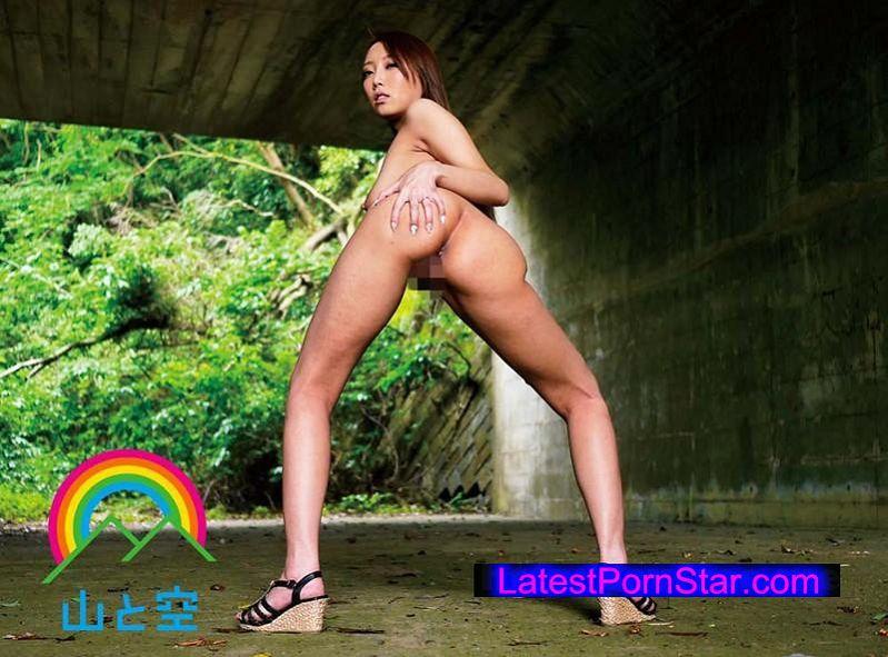 [SORA-079] 淫乱ボディの元ヤンママ 野外露出でド痴女覚醒!不倫チ●ポでイキまくり!! 松嶋葵