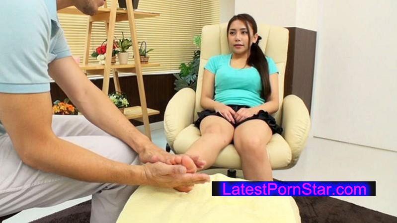 [DOHI-022] フットエステで生殖器のツボを刺激されてパンティが染みるほど濡れちゃったお姉さんは、興奮を抑えきれず生チ●ポを欲しがる!!