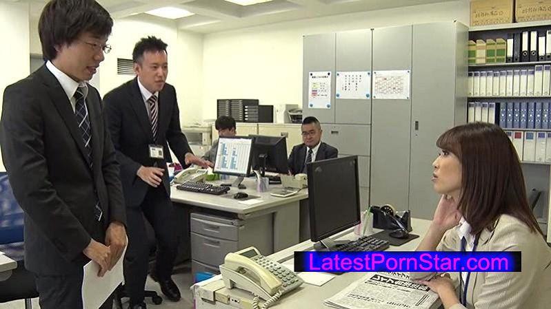 [DVDES-895] レイプが合法になった世界 3 〜公衆の面前でチ◯ポ挿れっぱなし!犯りたいと思った瞬間に即ハメ!白昼堂々強制子作り!!〜