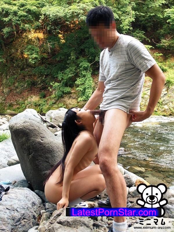 [MUM-184] 華奢ガリ少女独り占め。連れ出し露出温泉旅行。みるく147cm