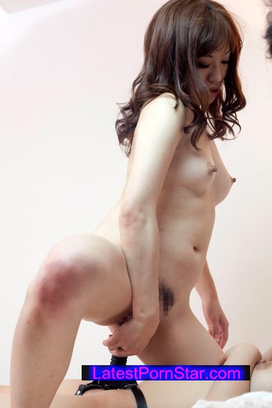 [SHE-233] 熟女レズ 性欲旺盛な淫乱おばさんが股を濡らして街頭ナンパ