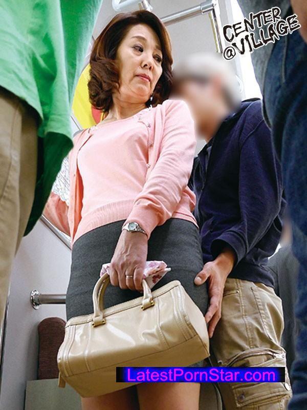 [IRO-13] 人妻痴漢電車〜さわられた五十路母〜 清野ふみ江