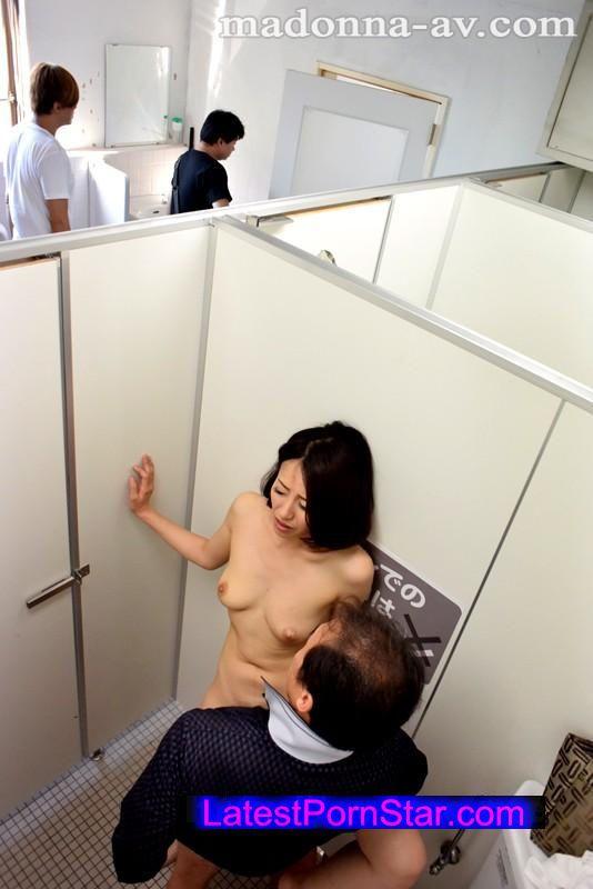 [JUX-730] 人妻司書痴漢電車〜羞恥と欲望に支配された淫らな肉体〜 谷原希美