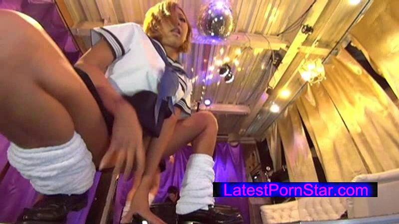 [GROO-021] groovin' 超ミニスカ女子校生 パンチラDISCO2