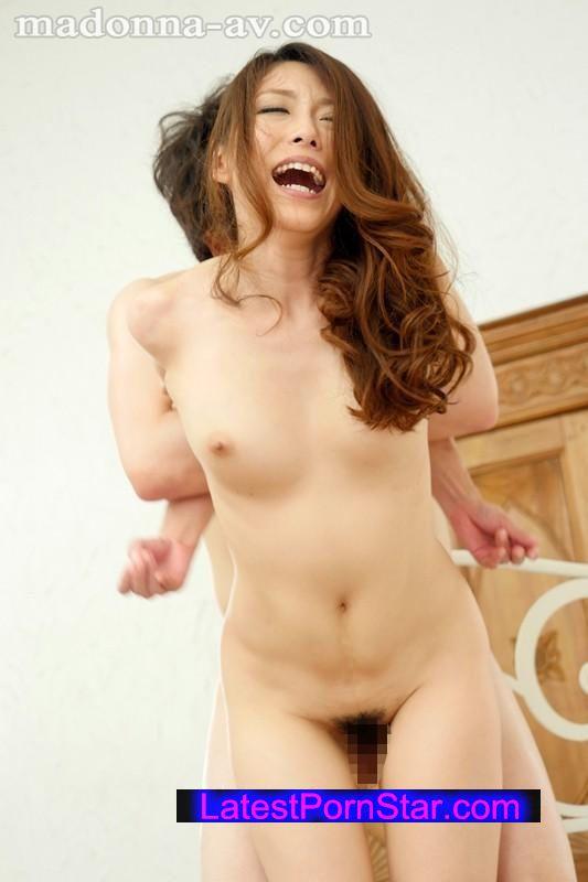 [JUX-779] 夫とのセックスも日課のオナニーも1ヵ月禁止!!白木優子が欲求不満MAXで挑む禁欲解放イキまくり3本番