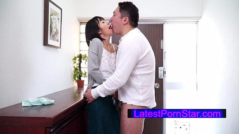 [HAVD-921] 人妻夜這い接吻 無抵抗なまま口唇を犯され、気が付けばカラダまで許してしまいました…
