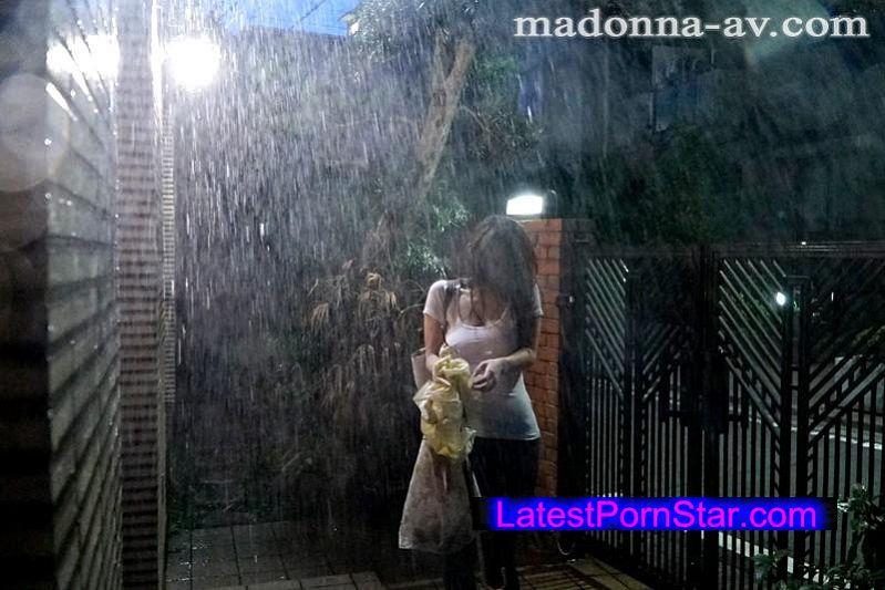 [JUX-827] 暴風雨 兄貴の嫁と二人だけの夜 篠田あゆみ