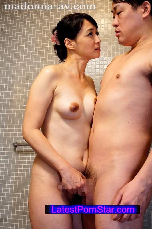 [JUX-828] 叔母の誘惑〜僕を虜にする熟れた魅惑の肢体〜 安野由美