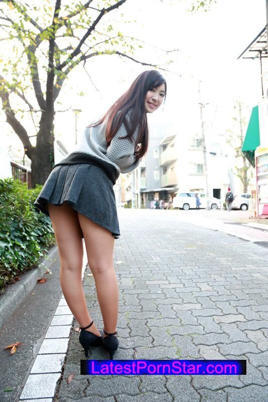 [SABA-186] 着衣が熟れ美尻を強調するピタ尻人妻ミニスカートナンパ
