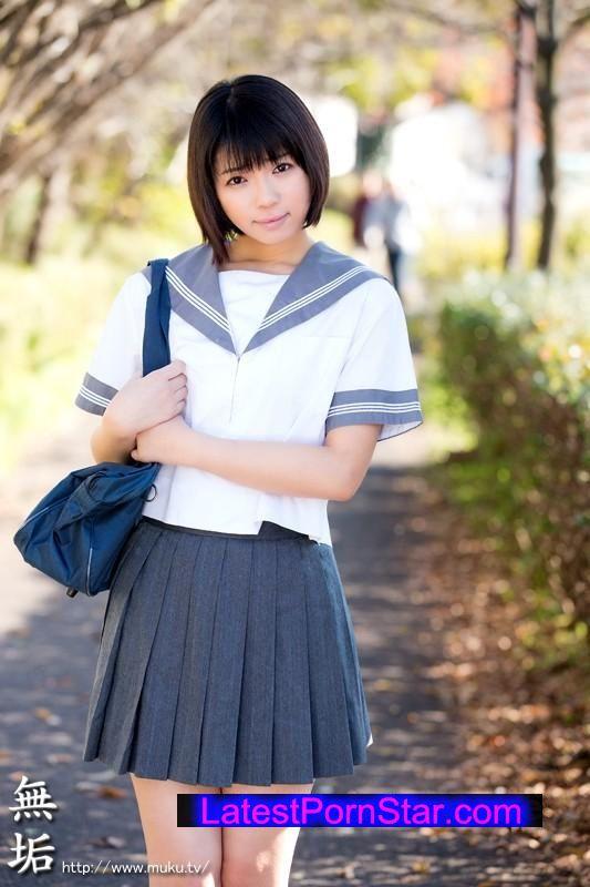 [MUKD-373] キラキラの瞳。ショートカットのパイパン純粋少女 中出しAVデビュー 彩音舞衣