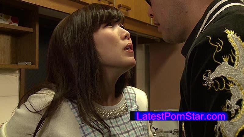 [NSPS-439] 欲求不満まじめ妻2 結婚するまで男は夫しか知らなかった私だけど… 美泉咲