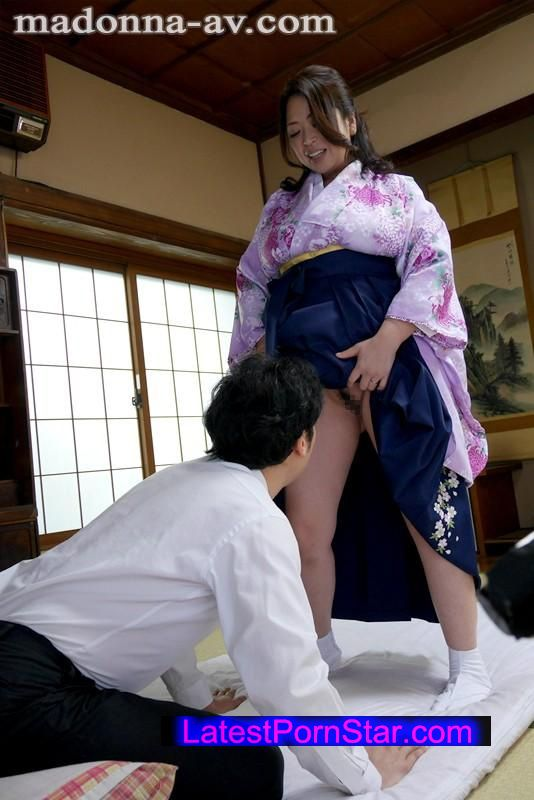 [OBA-263] ノーパンで僕を誘惑する隣の奥さん 加山なつこ