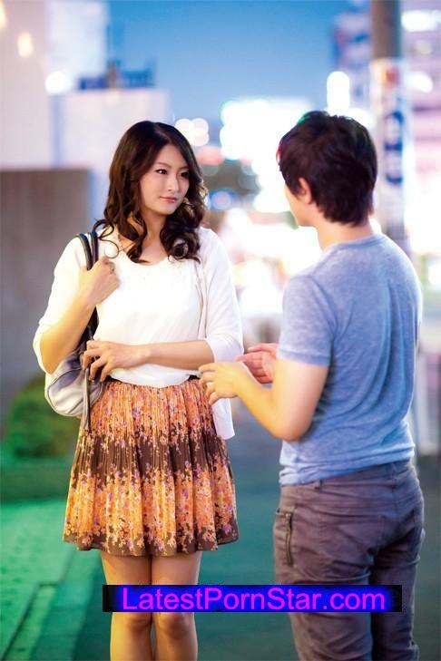 [SHE-291] 素人熟女ナンパ!発情おばちゃん淫乱肉欲セックス4時間2