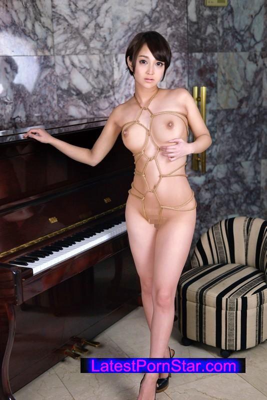 [XRW-167] 「私…縛られたいんです」現役ピアノ講師 星川ういか 緊縛AVDebut