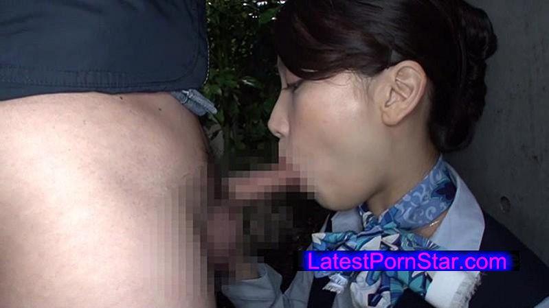 [HAWA-071] 夫に内緒で他人棒SEX「実は主人の精液も飲んだことないんです」30歳すぎて初めての精飲 現役国際線CA妻 ゆみかさん33歳