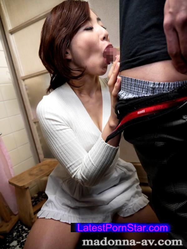 [JUX-873] 性欲を持てあました義理の姉さんと僕 出産直前の妻の目を盗んで… 成宮いろは