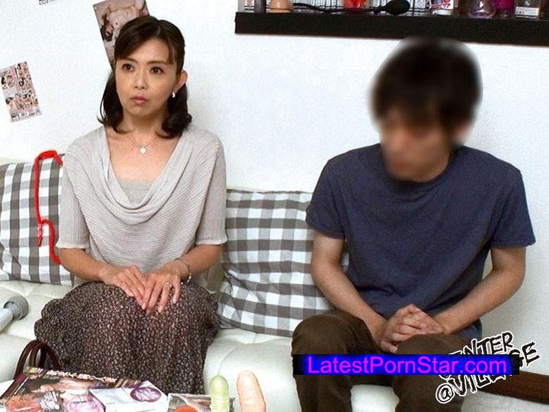 [MEKO-04] 「エログッズだらけの部屋で二人きりになった母と息子は果たして禁忌を破って近親相姦セックスしてしまうのか?」…裏でお母さんにだけこっそり成功報酬の話をしておきました。