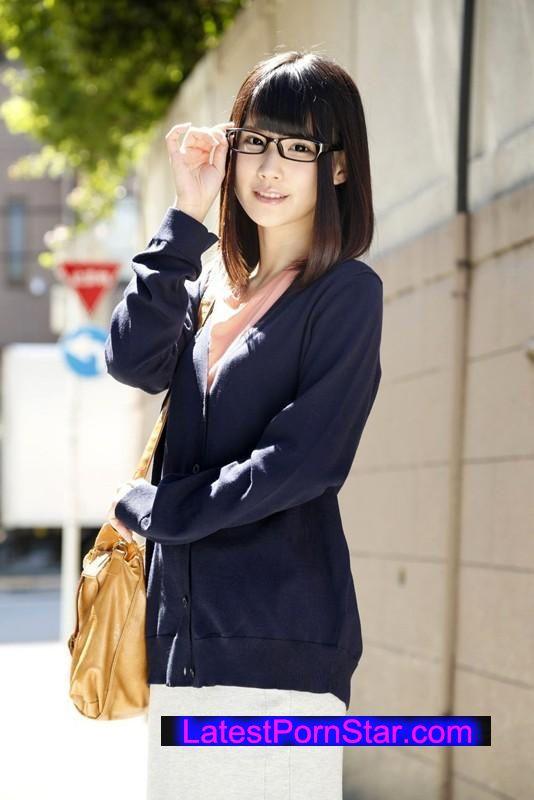[SABA-194] 『高偏差値大学に通う地味で真面目そうな眼鏡女子ほど、実は超エロいって本当?』SP 3