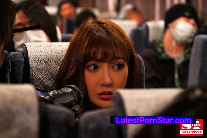 [SNIS-651] 夜行バスに派遣された明日花キララが声の出せない状況でガチ素人さんを誘惑して、無音スローピストンSEXまでしちゃいました。