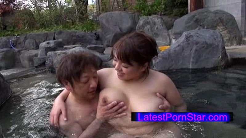 [UGWA-002] 豊満むっちり母ちゃんの露出物語5時間SP