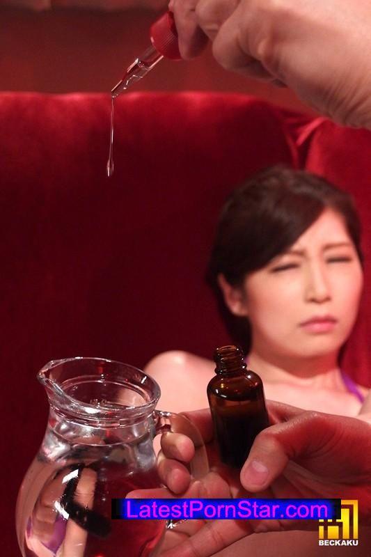 [BKKG-019] 媚薬昏睡ファック 佐々木あき