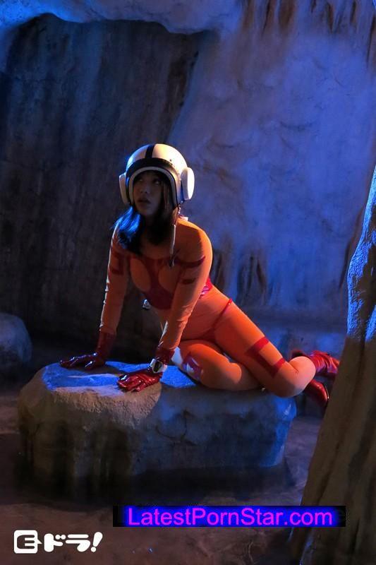 [EDRG-015] 任務の途中で異星人に拉致され婚約者がいるのにエイリアンの肉便器にされたエリート女性宇宙パイロット 春原未来
