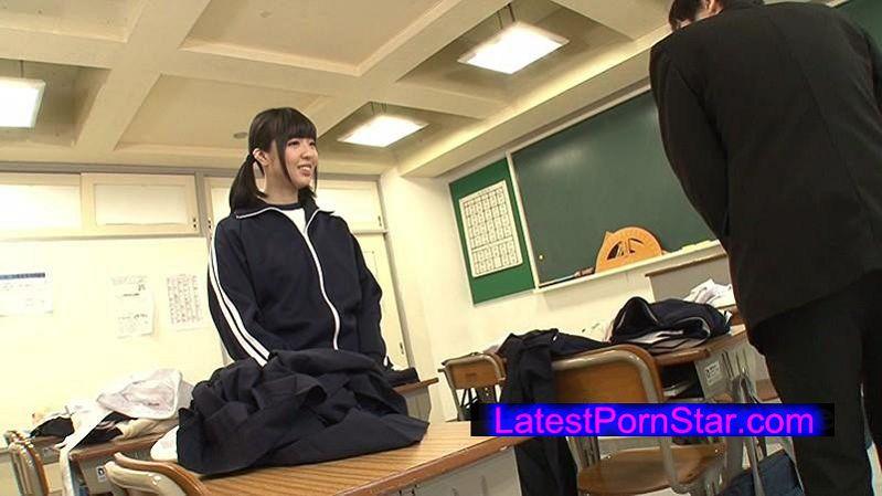 [GS-045] 体育の授業をサボって、女子が着替えた後の教室に忍び込み大興奮な僕!勃起がおさまりません!だけど戻ってきた女子に見つかり一貫の終わり…と思ったら、ニヤニヤしながら服を脱ぎブルマ姿に!まさかのブルマで誘惑してきた女子に当然ソソられて…!!