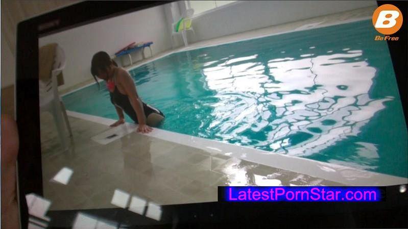 [BF-469] マニアック競泳水着専門 Gカップインストラクターお姉さん 相澤ゆりな