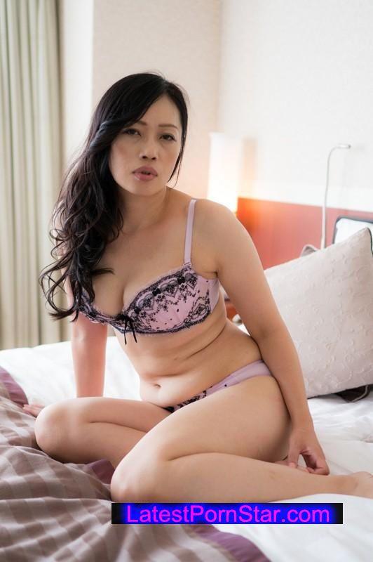 [EQ-296] 熟女発情牝臭
