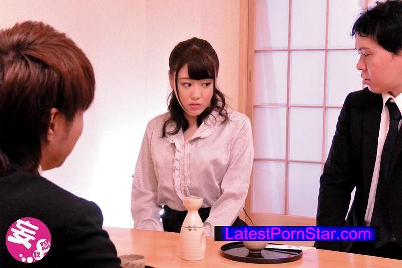 [HETR-004] 義理の父親の為に会社社長に身をささげる娘 浜崎真緒
