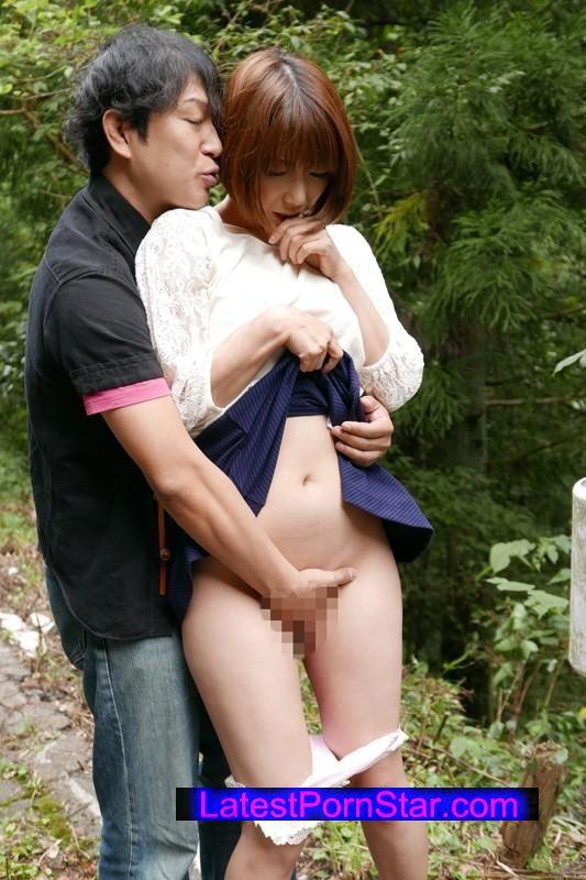 [XRW-192] 巨乳人妻野外露出SEX