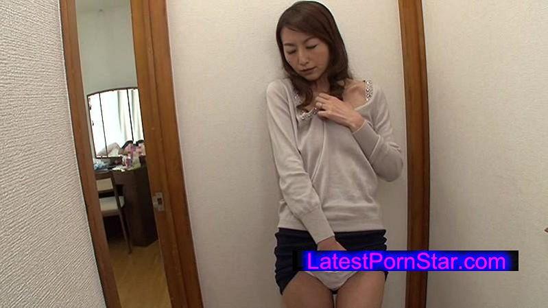 [VEC-211] 彼女のママの乳首チラッチラ。 青木玲