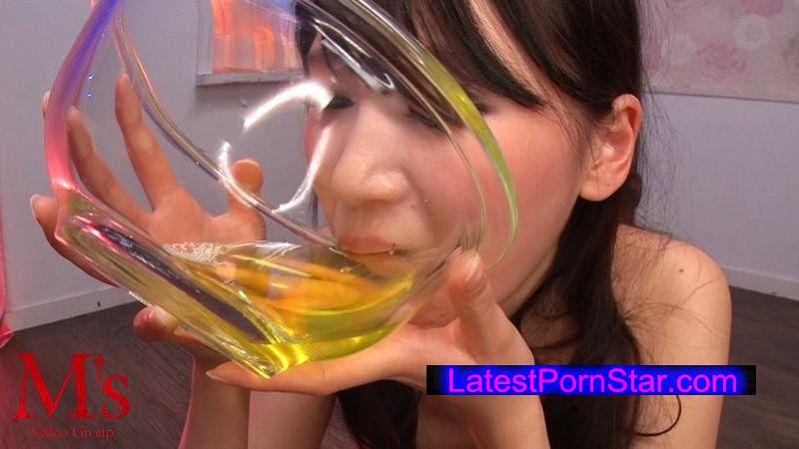 [AVOP-245] クチ・マ●コ・アナルどの穴でも男汁なら全部飲む!小便ザーメン3穴ごっくんファック 三原ほのか