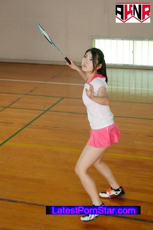 [AVOP-262] 原色美女アスリート バドミントン歴13年の性なるスマッシュ アジア大会出場の実力者AV出演 笑果りょう