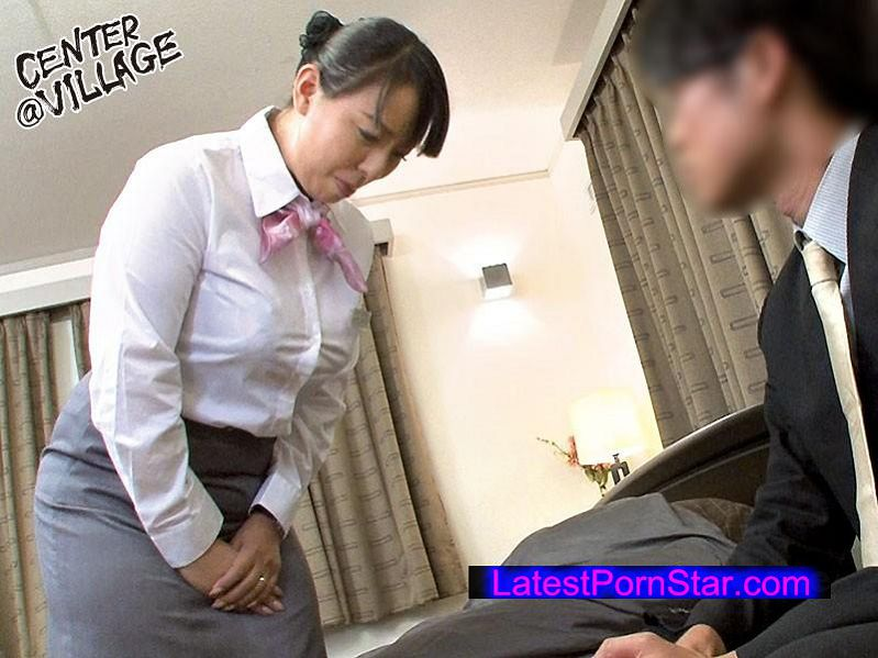 [MESU-044] 熟れた肉体をフル活用して男性客のスケベな要望に100%応えるホテル噂の熟女フロント係 村上涼子